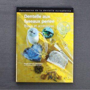 Livre Dentelle aux Fuseaux Perlée